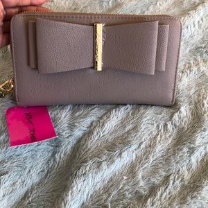 Betsey Johnson large full-size wallet
